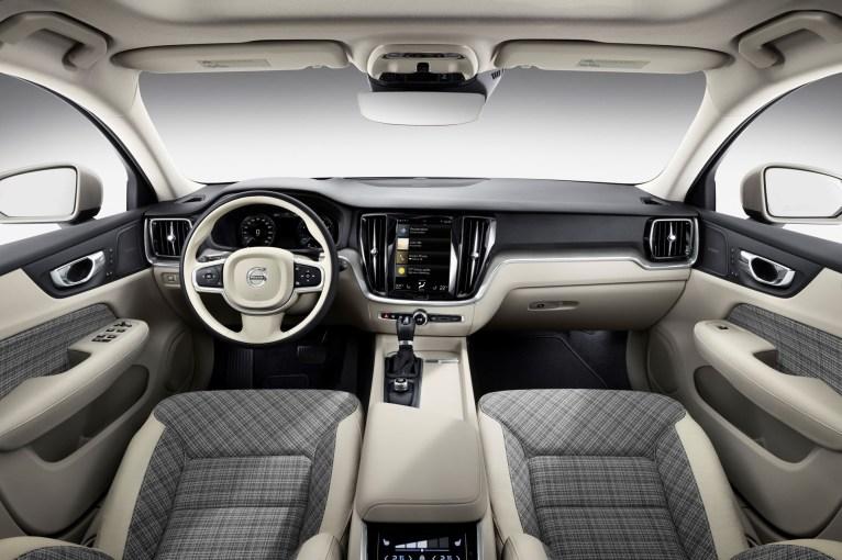Volvo V60 2018 intérieur