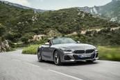 BMW Z4 dynamique feux avant calandre roadster gris