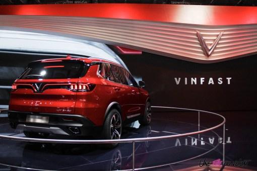 VinFast LUX SA2.0 Mondial auto Paris 2018 arrière feux