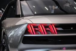 Peugeot e-Legend concept Mondial auto Paris 2018 feux arrière détail
