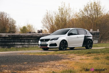 Peugeot 308 GTi coupe franche essence sportive