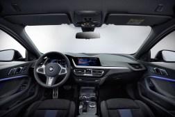 BMW Série 1 2019 intérieur volant écran combiné