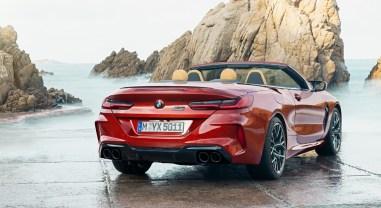 BMW M8 Competition Convertible arrière feux échappement
