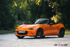 Mazda MX-5 30th Anniversary 2019 racing orange cabriolet 2,0 litres 184 chevaux