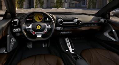 Ferrari 812 GTS 2019 intérieur volant combiné