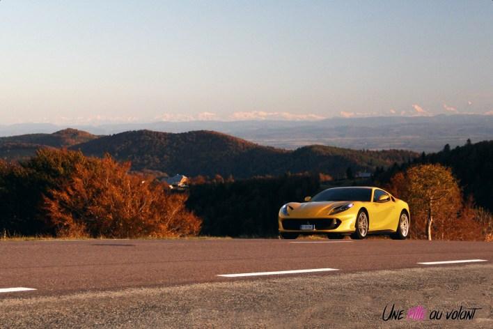 Road-Trip Ferrari Paris-Mulhouse 812 Superfast sportive V12 dynamique jaune