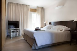 photos Hotel La Villa Calvi Corse lit suite