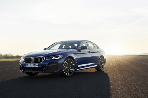 Photos BMW Serie 5 restylee 2020 berline face avant