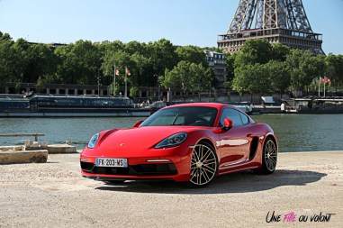 Photos essai Porsche 718 Cayman S 2020 profil statique rouge indien