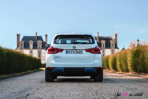 Photo face arrière BMW iX3 2020