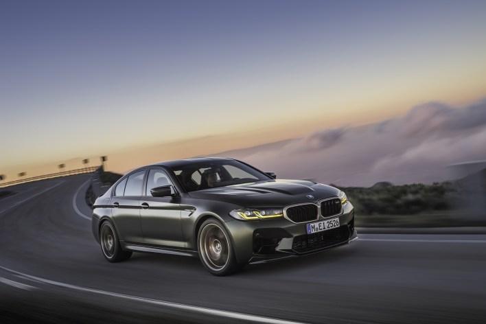 Photo dynamique BMW M5 CS 2021