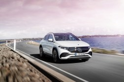 Photo face avant Mercedes EQA électrique 2021