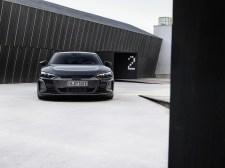 Photo face avant statique Audi E-Tron GT Quattro 2021