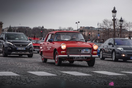 Photo Traversée de Paris hivernale 2021 Peugeot 404