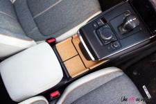 Photo console centrale Mazda MX-30 2021