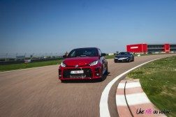 Photo comparatif Toyota GR Yaris et Toyota GR Supra 2021