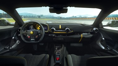 Photo intérieur Ferrari 812 Competizione 2021