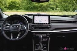 Photo poste de conduite Jeep Compass 4xe hybride rechargeable