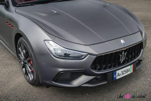 Photo capot Maserati Ghibli Trofeo