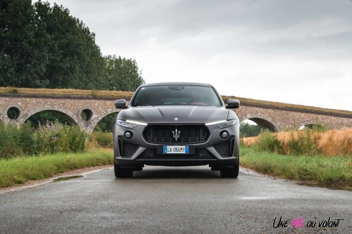 Photo face avant statique Maserati Levante Trofeo