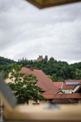 Chambres au pied du Haut-Koenigsbourg Kintzheim - Photo Céline Schnell Une Fille En Alsace