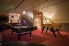 Salle de jeux Hôtel Val Vignes à Saint-Hippolyte - Photo Céline Schnell Une Fille En Alsace