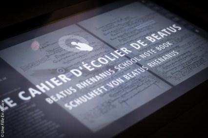 Cahier d'écolier de Beatus Rhenanus à la Bibliothèque Humaniste de Selestat - Photo Céline Schnell Une Fille En Alsace