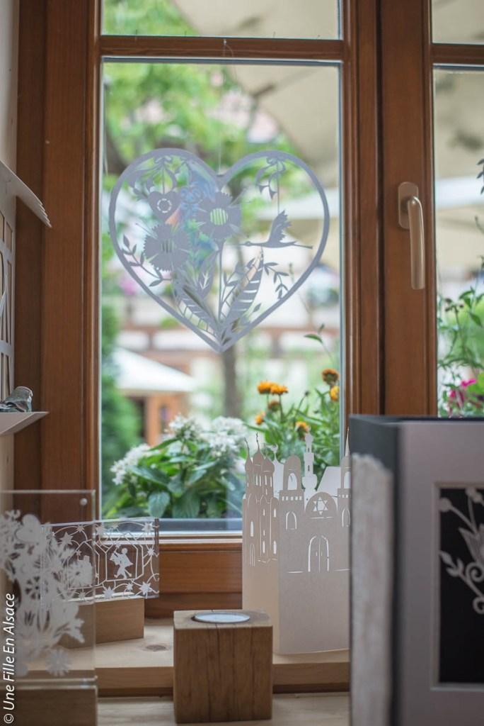 atelier-decoupage-michele-wagner-bischwiller©Celine-Schnell-Une-Fille-En-Alsace-2019