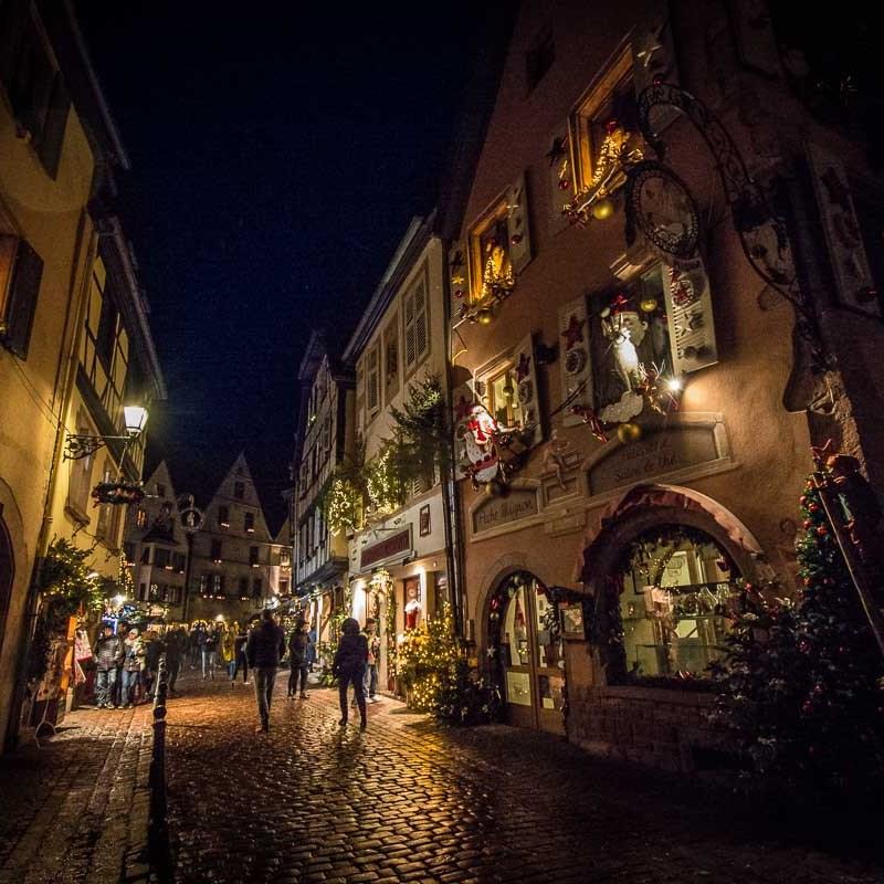 marche-de-noel-kaysersberg ©Celine-Schnell-Une-Fille-En-Alsace