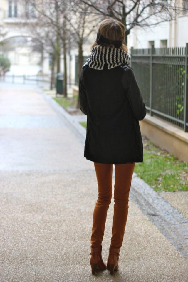 look_camel_noir
