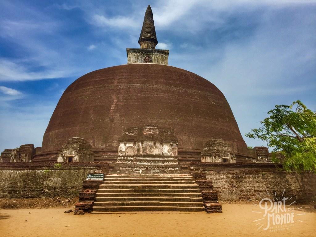 dagoba-polunnaruwa