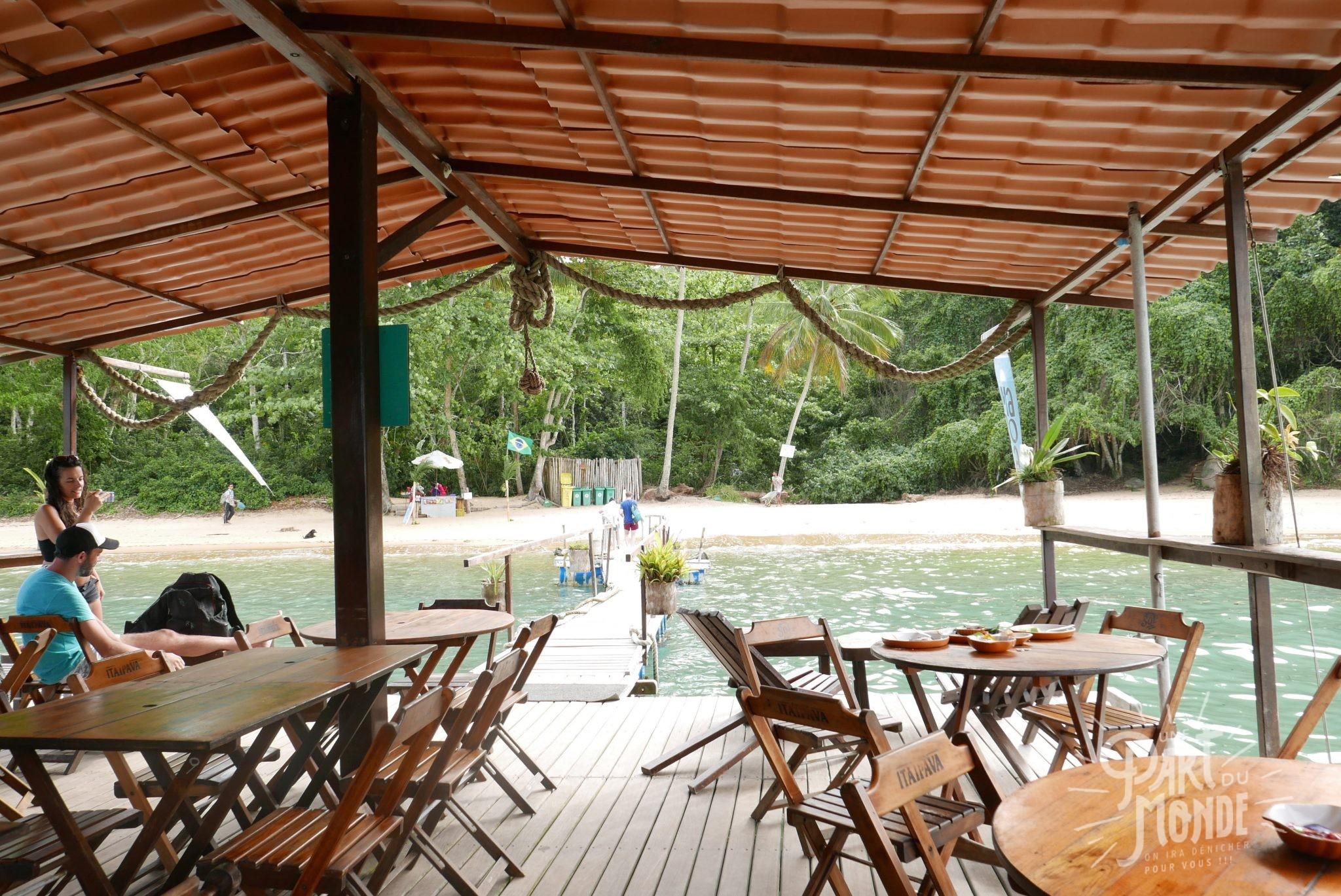 bateau flottant marola ilha grande