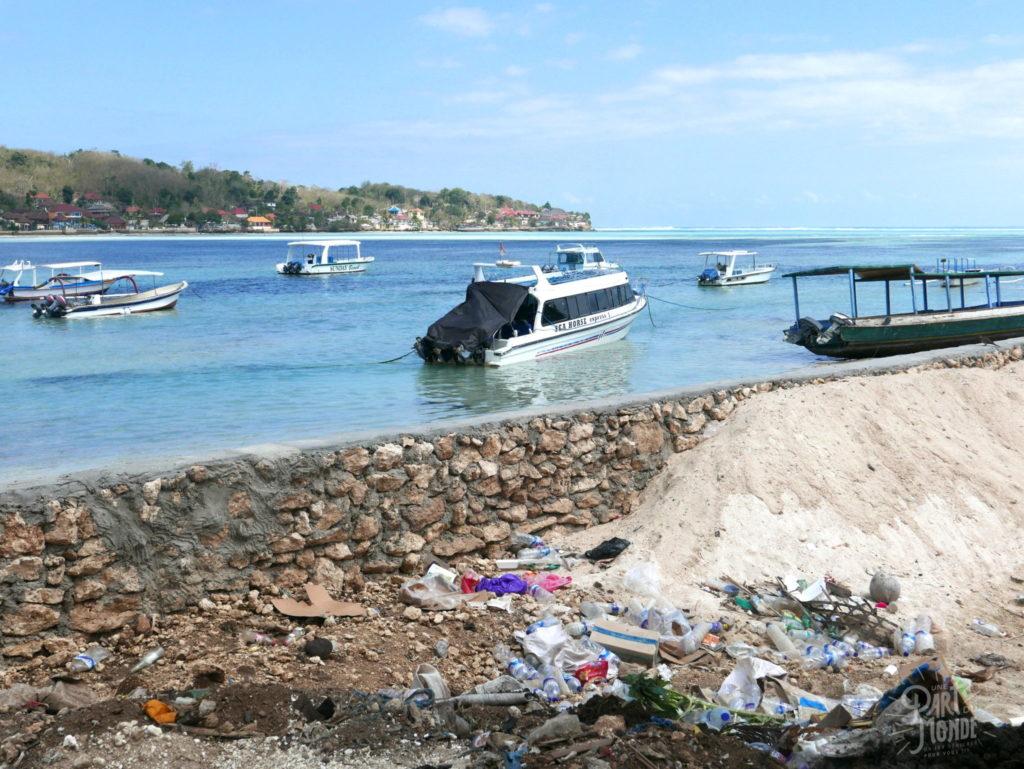 11 mois de tour du monde pollution