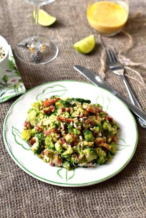 Salade-brocoli-avocat-lardons