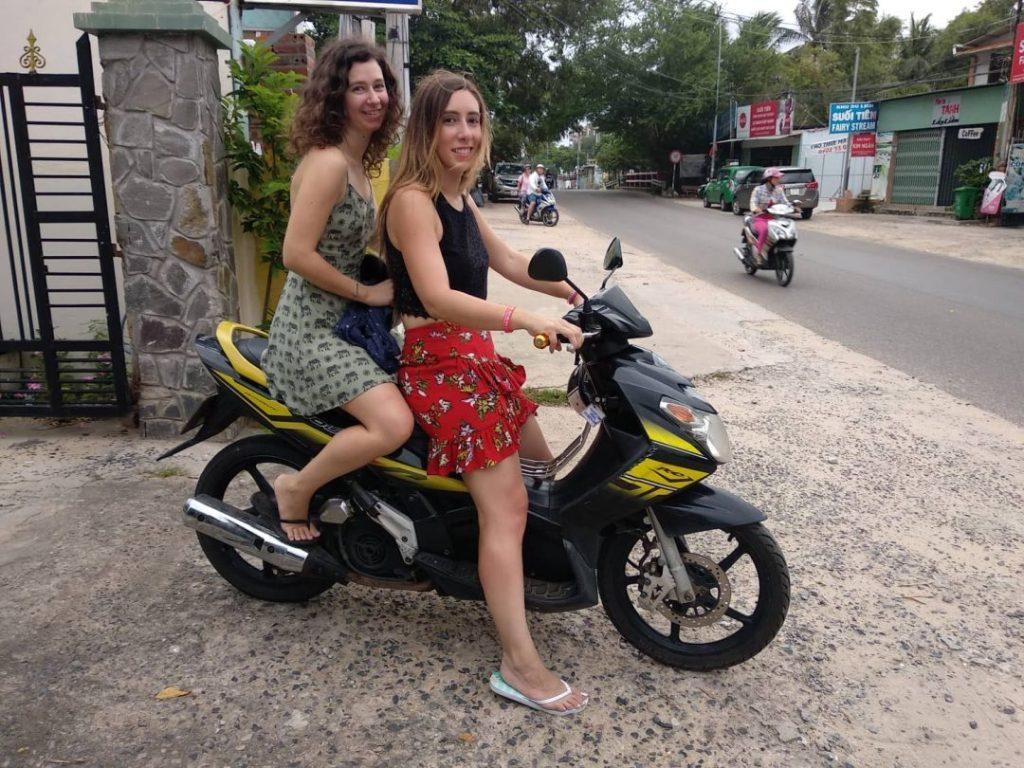Dalat-Vietnam-travelers