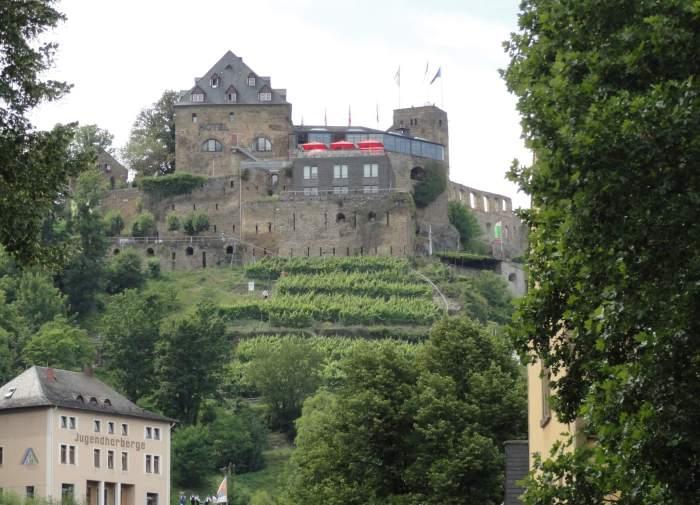Burg Rheinfels in het het gebied van de Duitse Midden-Rijn