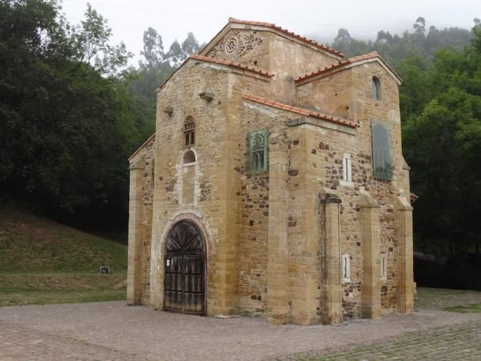 Asturische monumenten, hofkerk San Miquel