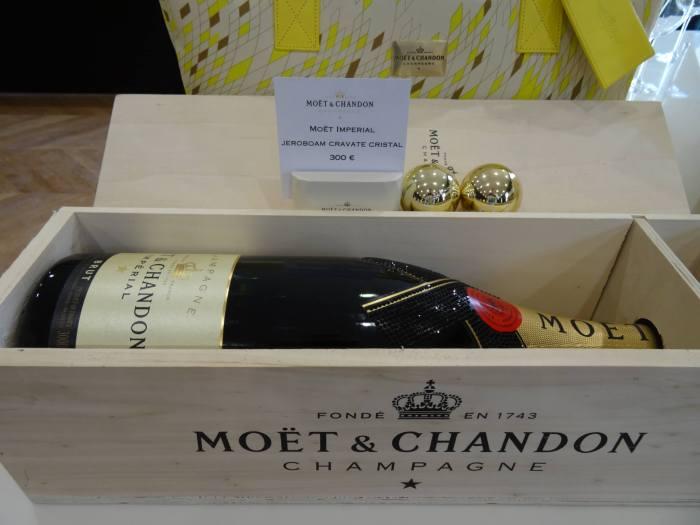 Een fles champagne van €300,--