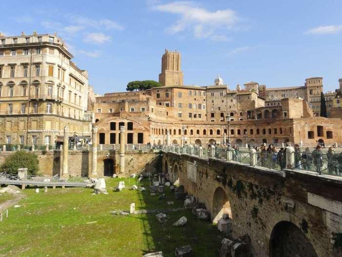 Winkelcentrum uit Romeinse tijd, overdekte markt van keizer Trajanus in Rome