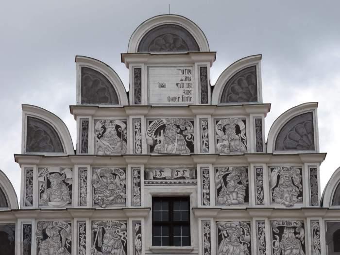 Renaissance gevel met sgraffito in Telč