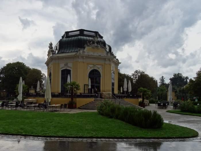 Kaiserpaviljoen in dierentuin Schönbrunn