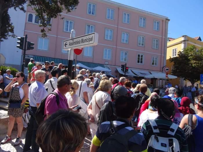 massatoerisme op straat van Portugese Sintra