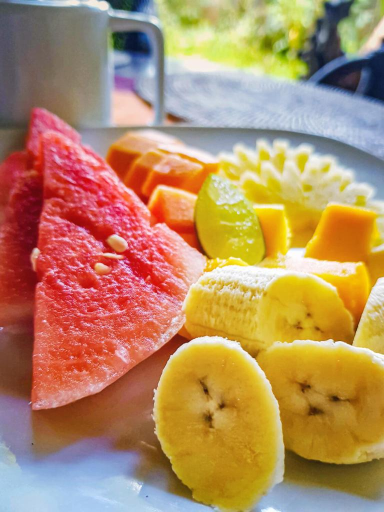 Fruits frais pour petit déjeuner balinais