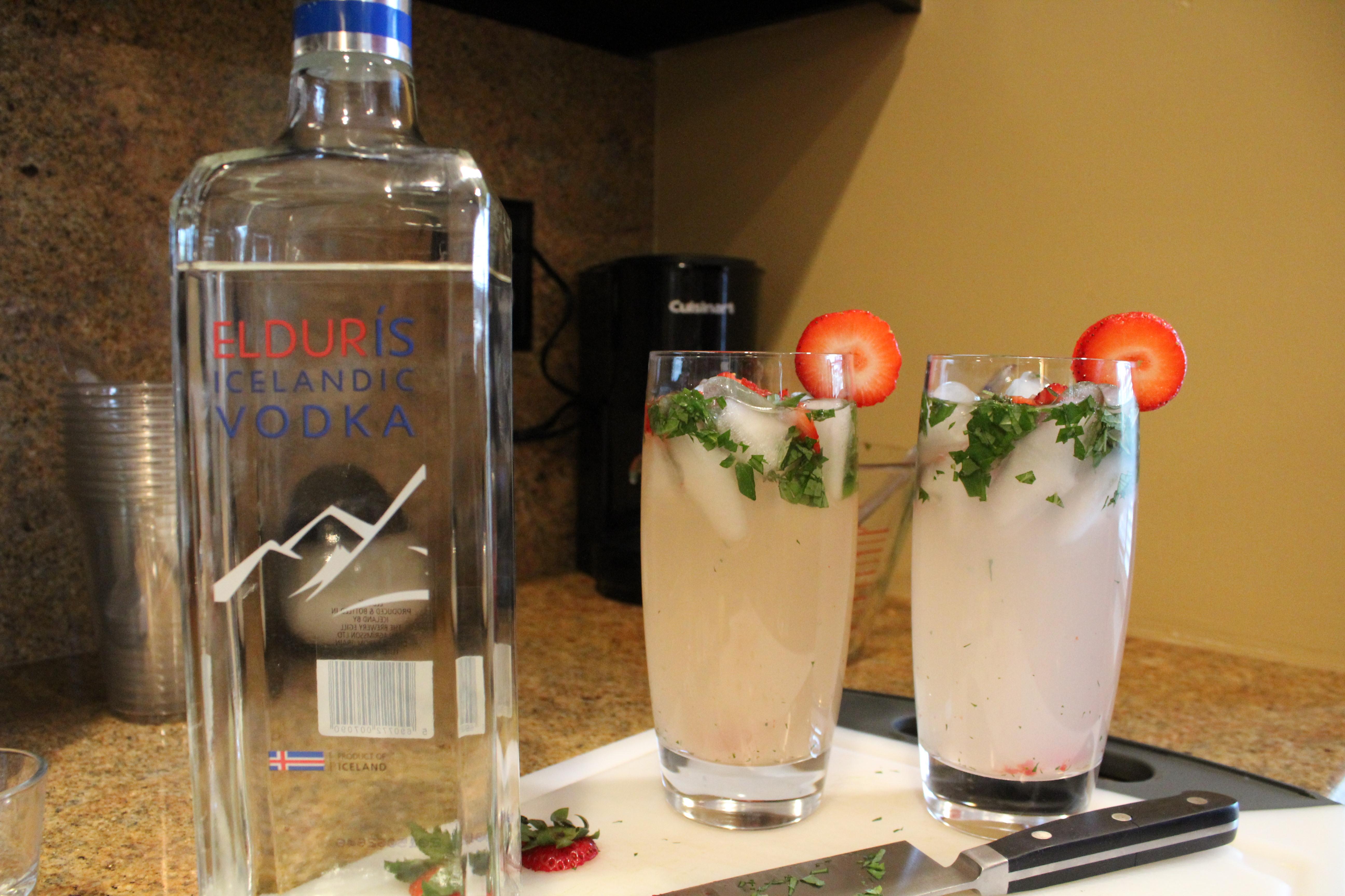 Vodka Strawberry Mint Lemonade