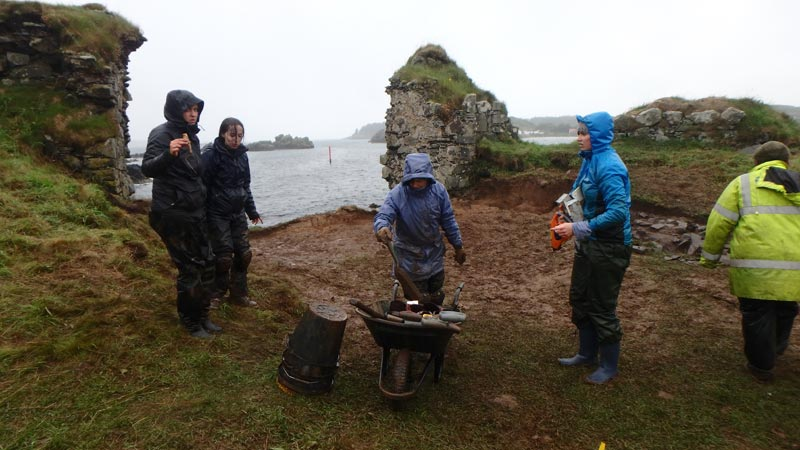 Archaeological excavation Dunyvaig Castle