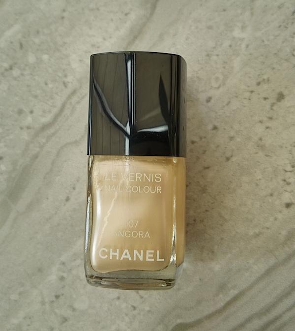 Chanel Le Vernis 107 Angora,