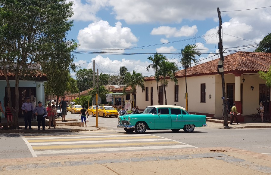 Classic car watching in Vinales