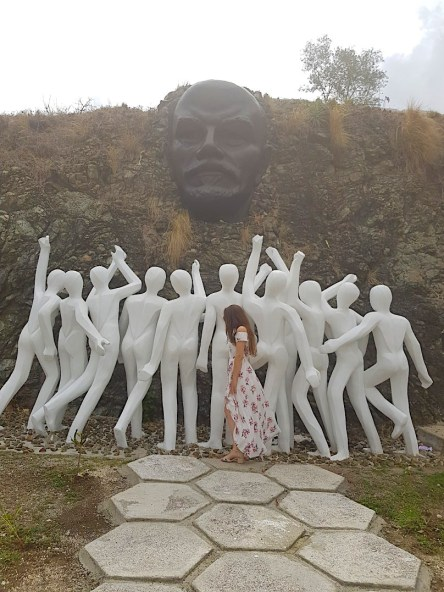 unusual things to do in Havana - unusual Colina Lennon statue