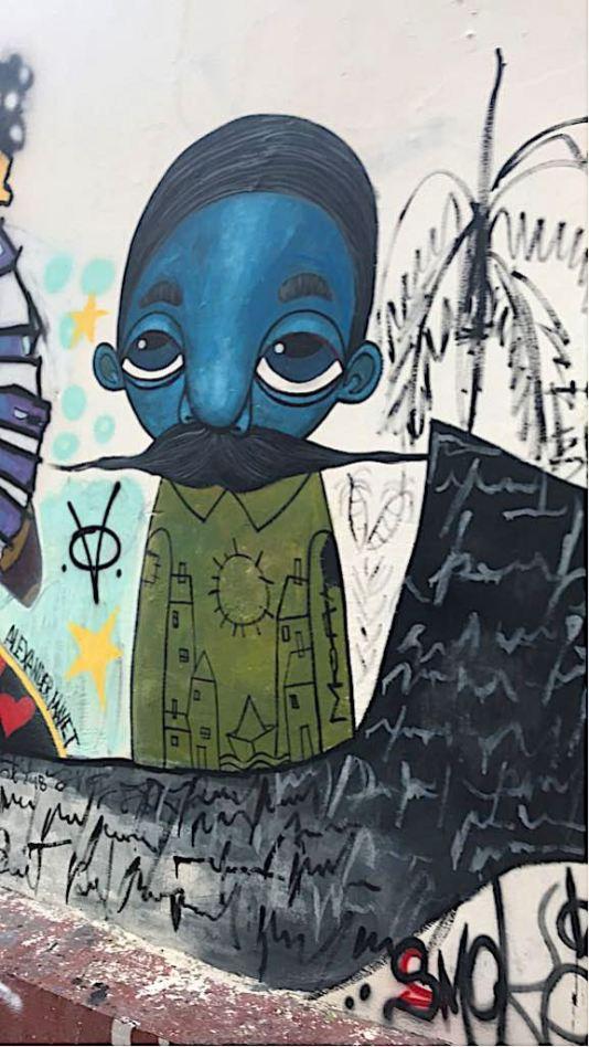 Graffiti near Obispo Street