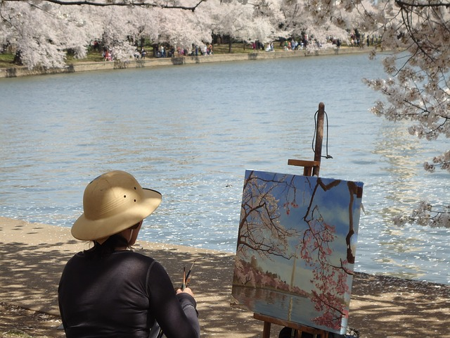 artists painting photo